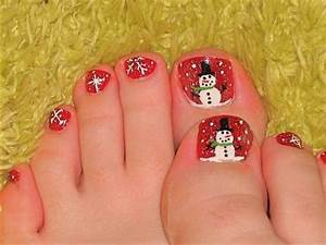 Most beautiful christmas nail art ideas for toe nails