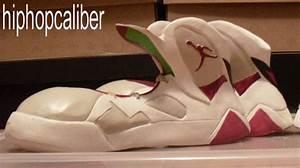Air Jordan VII 'Hare' - Bugs Bunny Promo Shoes ...