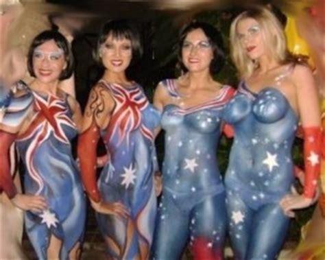 zealand girls  body paint hockeygods