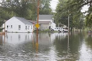 Albert Lea residents cleaning up after flooding - Albert ...
