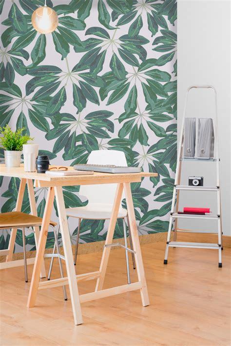 papier bureau le papier peint tropical pour décorer votre intérieur