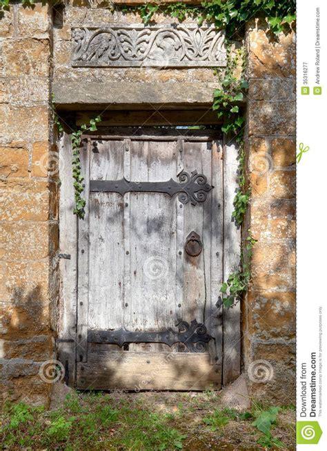 secret garden door royalty  stock photography image