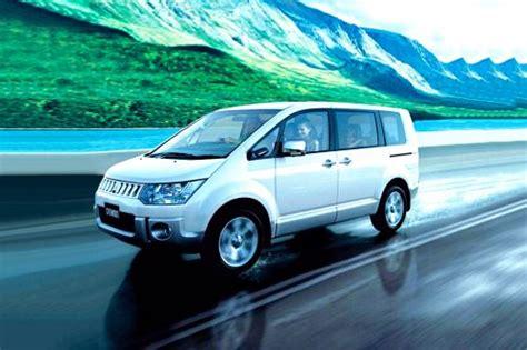 Mobil Gambar Mobilmitsubishi Delica by Mitsubishi Delica Harga Konfigurasi Review Promo September
