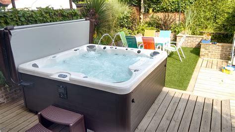 Hot Tubs Hampshire