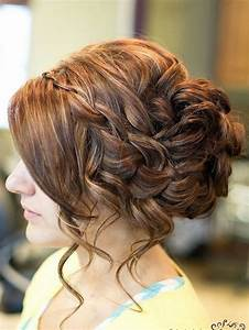 14 Prom Hairstyles For Long Hair That Are Simply Adorable