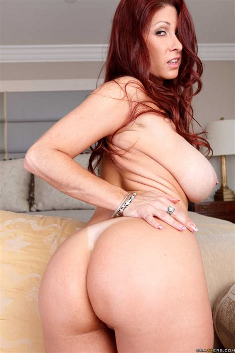 Red Haired Woman Is Showing Her Tits Photos Tiffany Mynx