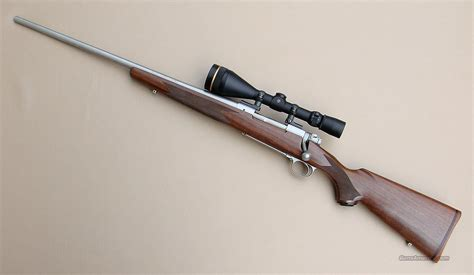 Telo Arredo 270 X 270 : Winchester Model 70 Classic Left Hand 270 Rifle With A