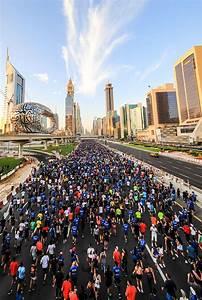 70, 000, People, Ran, On, Sheikh, Zayed, Road, For, Dubai, Run, 30x30, U2013, Criticreviewer, Com