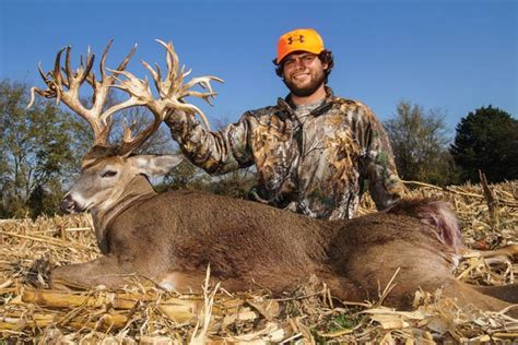 tucker buck breaks tennessee world hunting record north