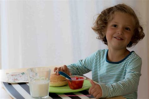 Get Kids To Eat Breakfast Even If They Don't Like Breakfast