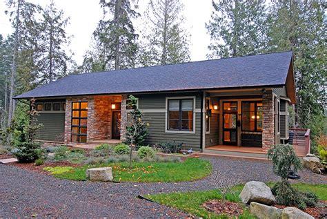Natural and Energy Efficient House Design on Bainbridge