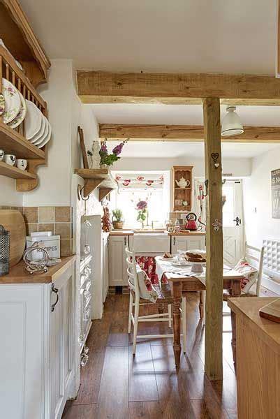 wooden cottage kitchen best 25 wooden cottage ideas on small wooden 1158