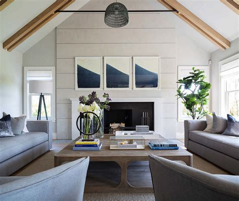 Shinglestyle Nantucket Beach Home Infused With Nautical