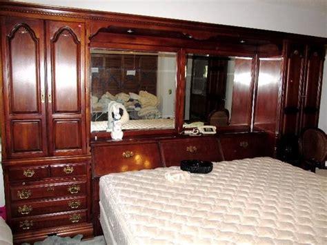 beautiful large pier style bed set  lexingtonlarge