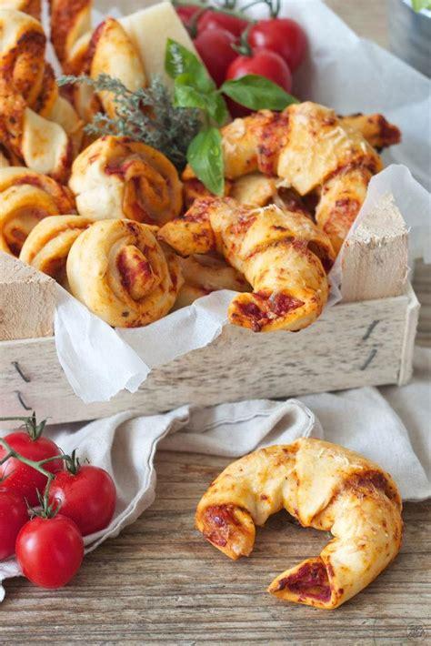 essen fingerfood pizzakipferl fingerfood rezepte lifestyle 174