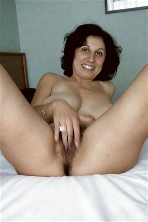 Amateur Italian Milf With Hairy Pussy And Big Boobs Showing High Qua