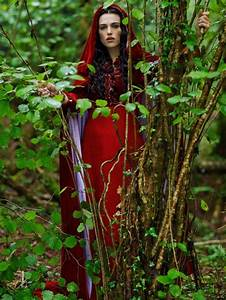 40 best ideas about morgana on pinterest cloaks the With robe rouge morgan