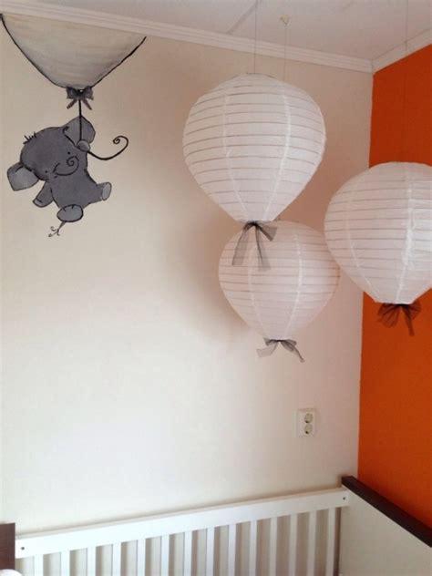 motif chambre fille idée déco chambre bébé sympa et originale à motif d 39 éléphant