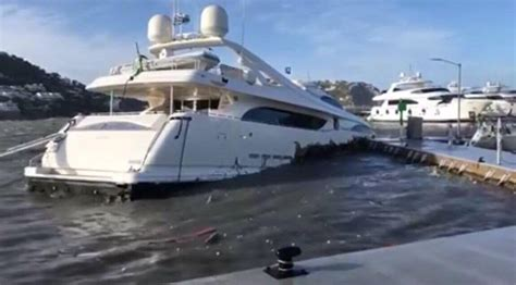 Damaged Boats For Sale In Miami by 34m Yacht Sinks In Mallorca Yacht Harbour