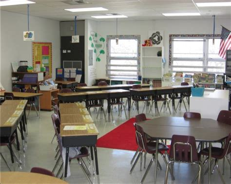 Seats For Classrooms by Ideas For Classroom Seating Arrangements