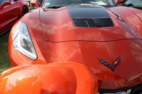 pics  closer   corvettes  sebring orange