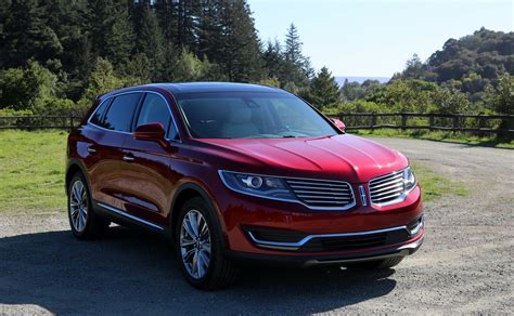 2016 lincoln mkx review lincoln beats lexus at its own game