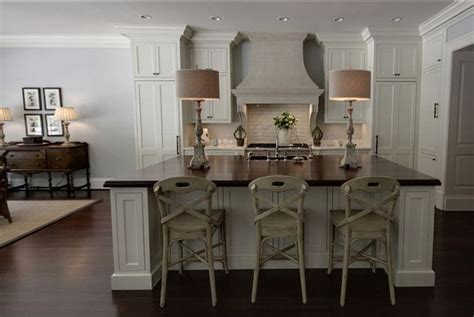 kitchen molding cabinets benjamin paint color benjamin timid white 2319
