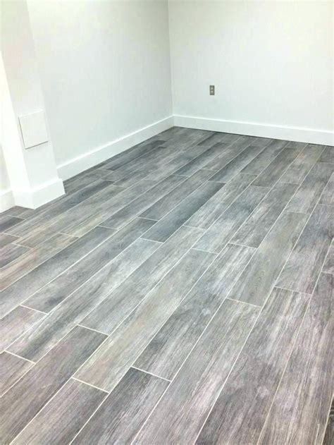 Lowes Bathroom Floor Tiles by Lowes Tile That Looks Like Hardwood Tile Flooring Wood