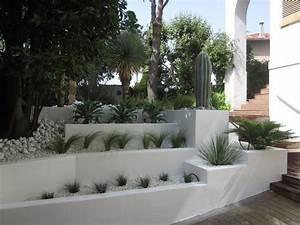 les 25 meilleures idees de la categorie creation de jardin With amenagement petit jardin avec terrasse et piscine 3 creation jardin de ville avec piscine marseille roucas