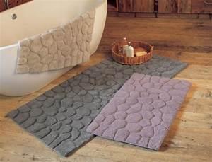 tapis de bain bain a etretat linvosges With tapis galet salle de bain