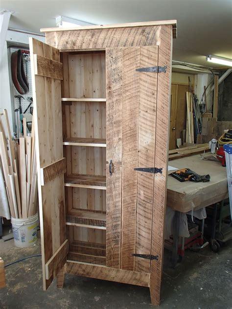 armoire en bois de grange armoires en bois de grange