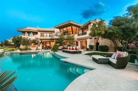 modern luxury home  architectural design  australia