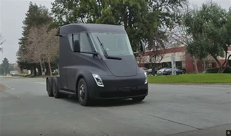 Tesla Semi Spotted On Public Streets Between Fremont
