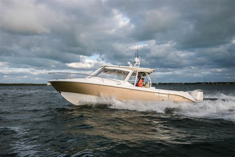 Used Everglades Boats For Sale By Owner by Everglades 360 Lxc Sea Magazine