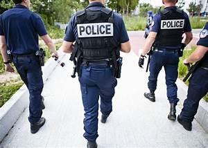 Uniforme Police Nationale : police ces jeunes fran ais qui se r vent en uniforme ~ Maxctalentgroup.com Avis de Voitures