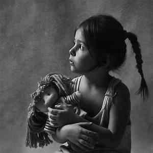 Fille Noir Et Blanc : enfants en noir et blanc page 35 ~ Melissatoandfro.com Idées de Décoration