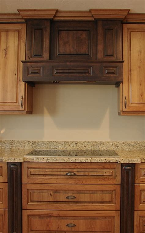 rustic cherry kitchen cabinets best 25 rustic cherry cabinets ideas on wood 4964