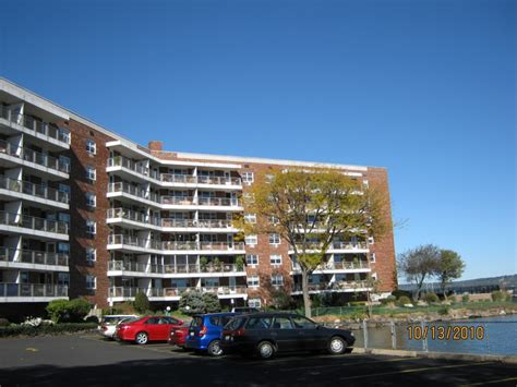 Rivercrest Cooperative Residences 60 Water Street Apartments Brooklyn Modular Garage Apartment Buildings Vagelis Malia Medium Dogs For North Campus Greenville Nc Home Theater Council London
