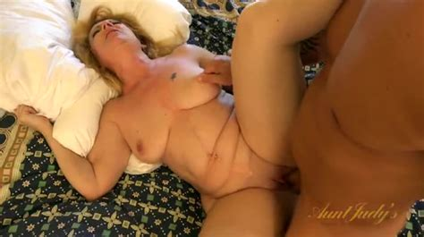 Hardcore Hotel Room Sex With A Curvy Mature Blonde