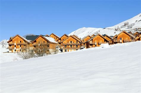 residence les chalets des marmottes r 233 sidence les chalets des marmottes r 233 servation en ligne