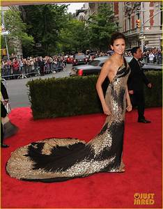 Nina Dobrev Met Ball 2012 Photo 2658624 2012 Met Ball