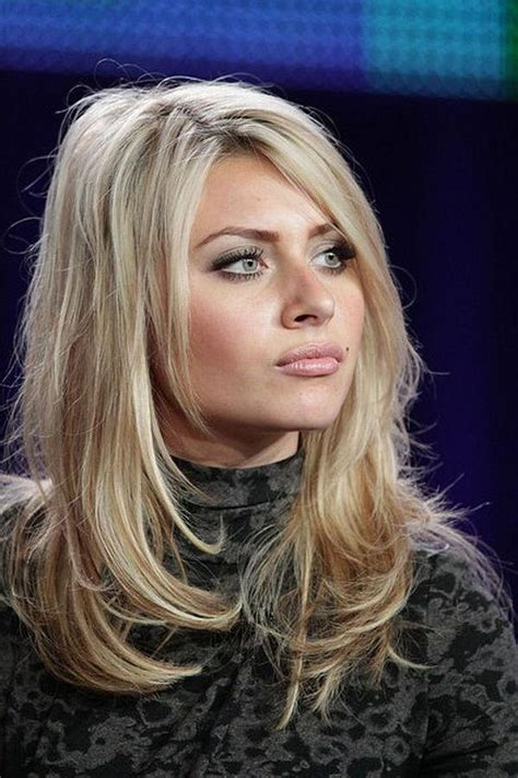 photo  long hairstyles  frame  face