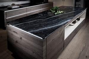 Granit Arbeitsplatte Reinigen : k chenarbeitsplatten aus naturstein bilder infos und preise f r granit marmor schiefer co ~ Indierocktalk.com Haus und Dekorationen