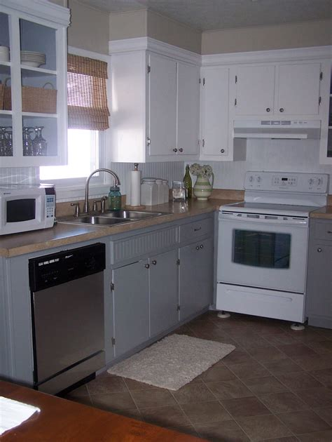 update kitchen cabinets grace cottage updating kitchen cabinets 3083