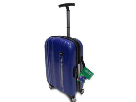 trolley cabina benetton valigia trolley benetton policarbonato modello da cabina