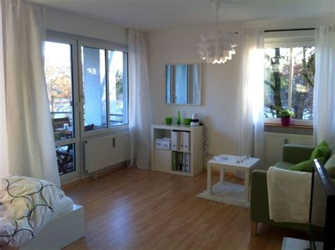 küche und wohnzimmer in einem kleinen raum wohnzimmer wohnen schlafen klein aber fein zimmerschau