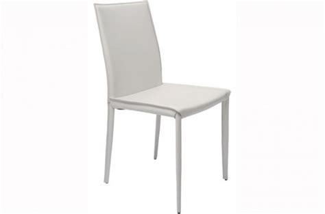 chaise simili cuir blanc chaise simili cuir surpiqué blanc vik chaise design pas cher