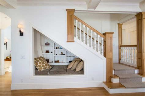 clever ways  utilize  awkward space   stairs