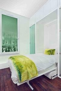 Decoration interieur avec fenetre et horloge deco for Décoration chambre adulte avec limiteur ouverture fenetre