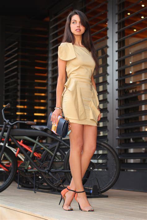orange pop fleur dress vivaluxury annabelle shoes heels comment zara